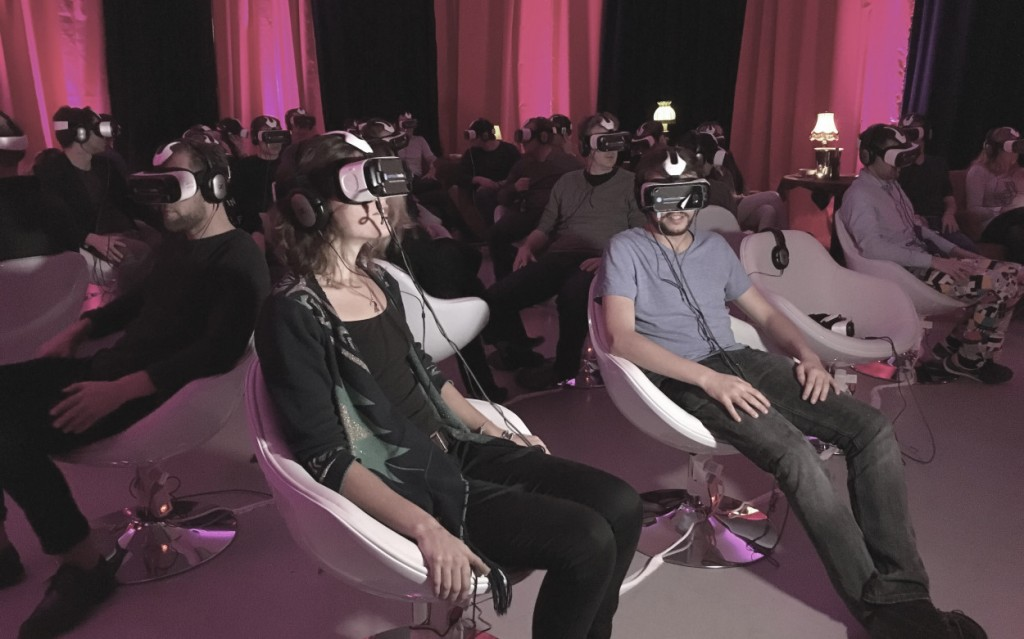 VR-pop-up-cinema2-1250x781