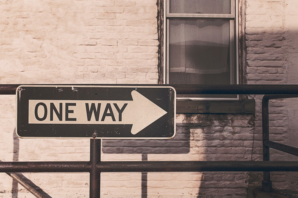 arrow-direction-one-way-536